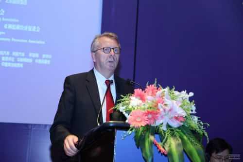 全球节能与新能源汽车论坛戴姆勒执行副总裁