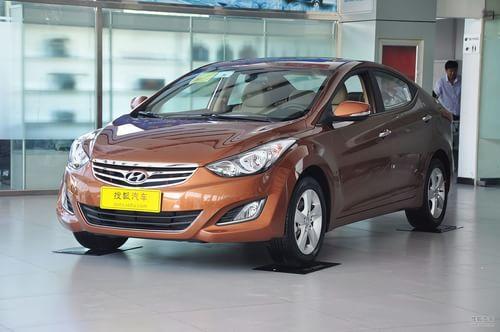 2012款北京现代朗动1.6L手自一体尊贵型