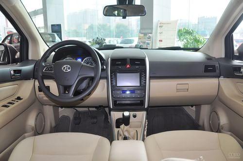 2012款北京汽车E130手动乐尚版