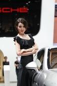 保时捷1号车模毛欢 2012北京车展实拍