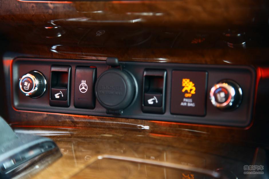 英菲尼迪 英菲尼迪 qx 2011款英菲尼迪qx56试驾实拍高清图片