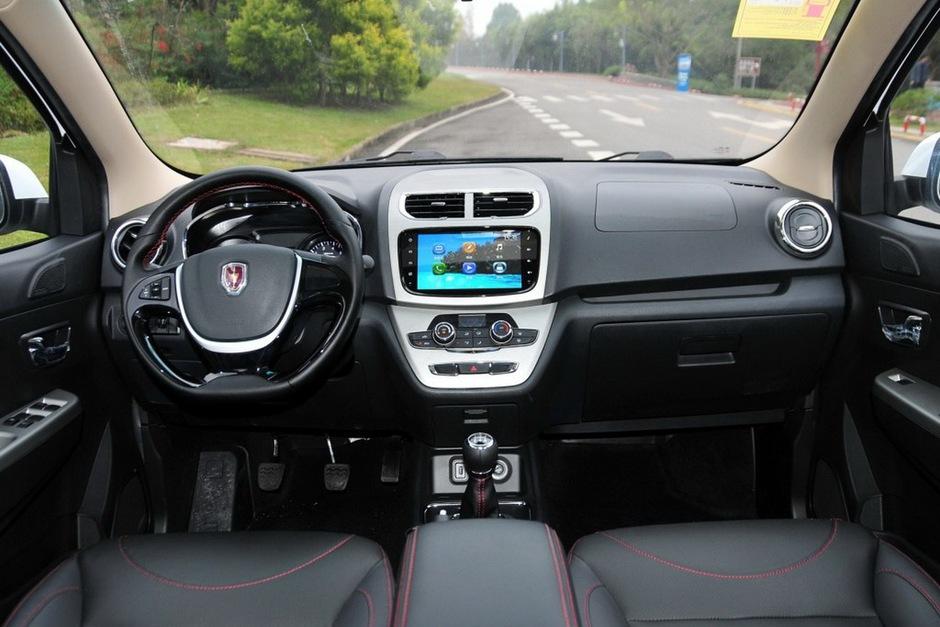 五菱宏光11月销量67941辆.该车 双蒸发箱空调系统以及第三排座椅高清图片
