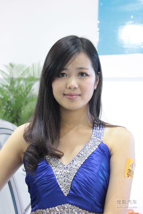 【2012嘉兴车展美女车模(1837989)】_美女车模图_搜狐汽车