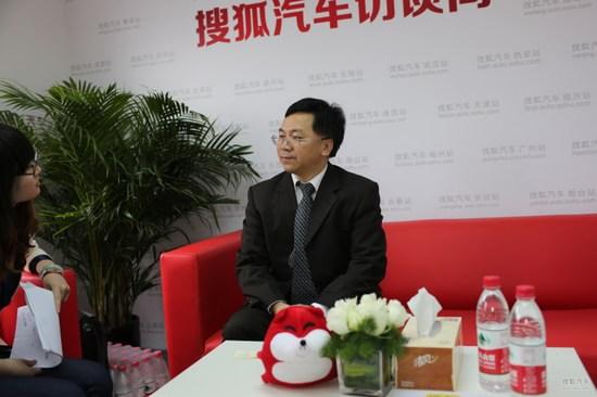 姚利文 东风柳州汽车有限公司销售总经理