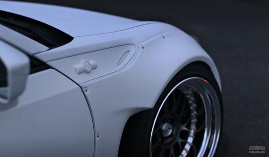 酷似凶悍的大白鲨 丰田gt86的超强改装车 高清图片