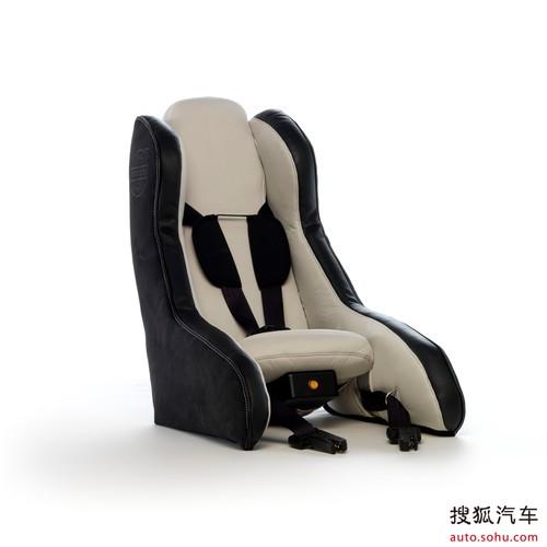 沃尔沃推出便携充气式概念儿童安全座椅