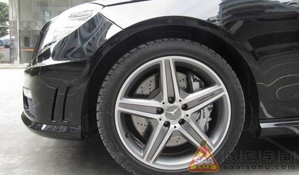 新改的amg轮毂和刹车高清图片