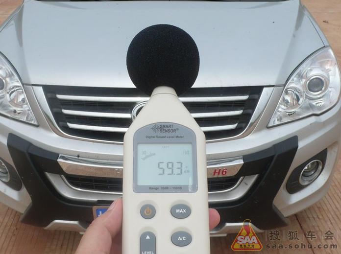 车噪音测试_测试别克GL830旗舰版享受后排的便利