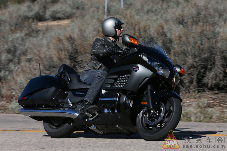 秀车 2013款 本田 金翼 F6B 旅行摩托车