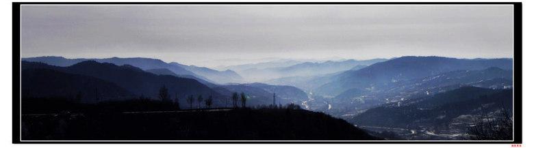 这一路缺少了高速上飞弛的感觉,却多了看风景和拍风景的机会.